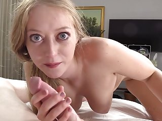 Festival cheating MILF Turn out to be inadequate gets a giant cock in a hotel room