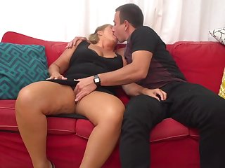 Giuliana is a mature whore who can not bog outlander having casual fuck-a-thon adventures